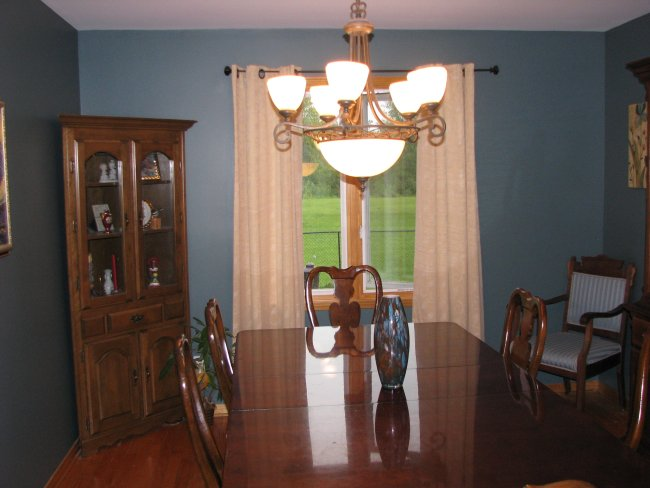 Dining room of a 90s split level fixer upper