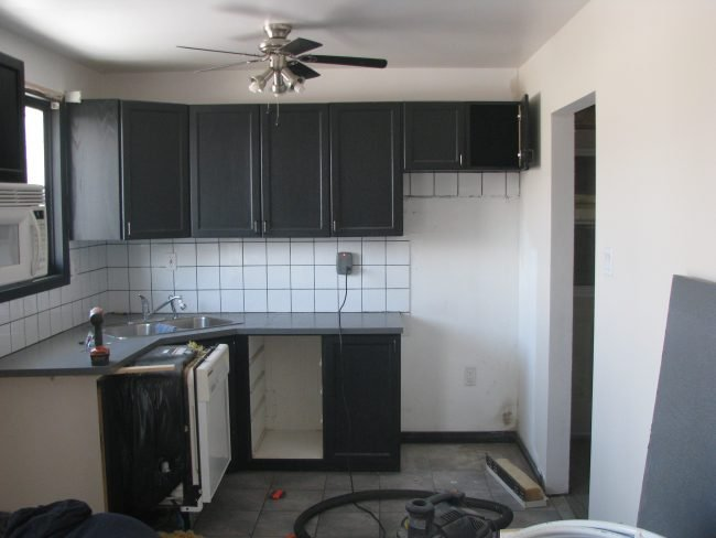 Kitchen before pictures