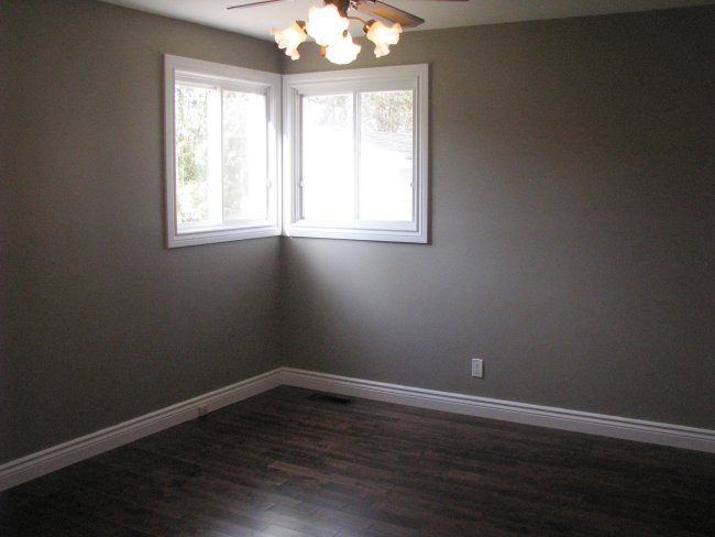flip house master bedroom