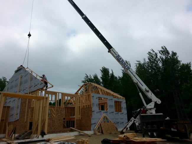 grandow roof trusses