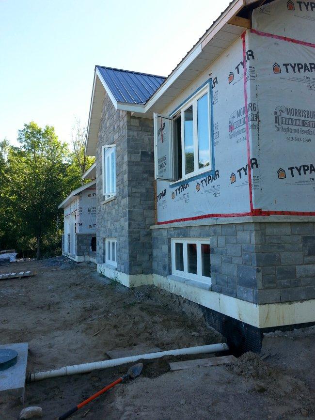 Permacon lafitt exterior stone Newport Grey