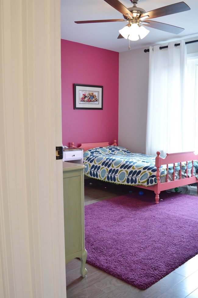 pink and blue girls bedroom
