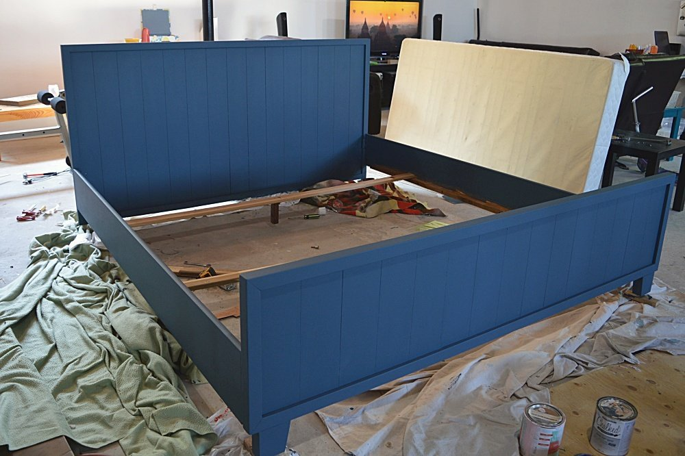 how to make a farmhouse bed