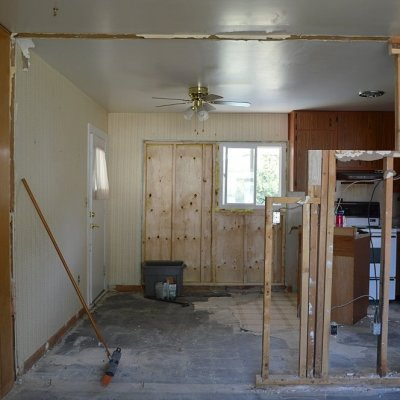 Week 3: Interior wall removal between the kitchen and living room