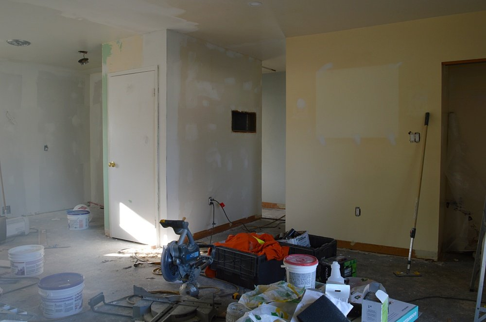 how to patch holes in drywall to increase the value of your rental property