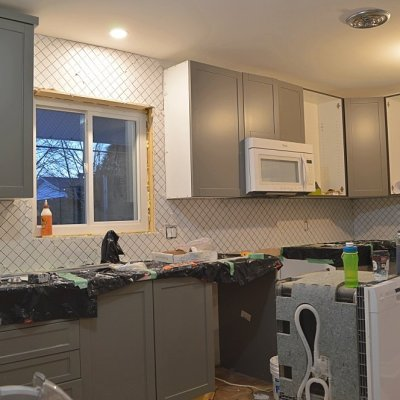 Week 15: Kitchen backsplash and progress on the final list