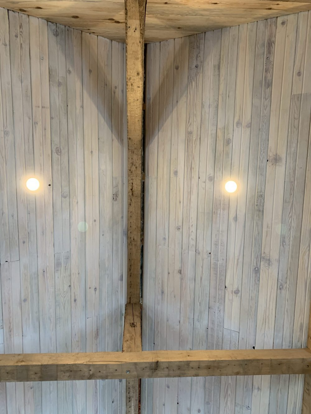 whitewash pine tongue and groove ceiling