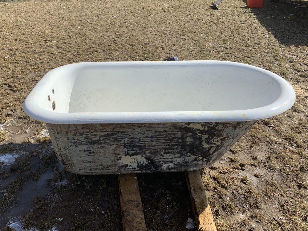 how to refinish a cast iron bathtub