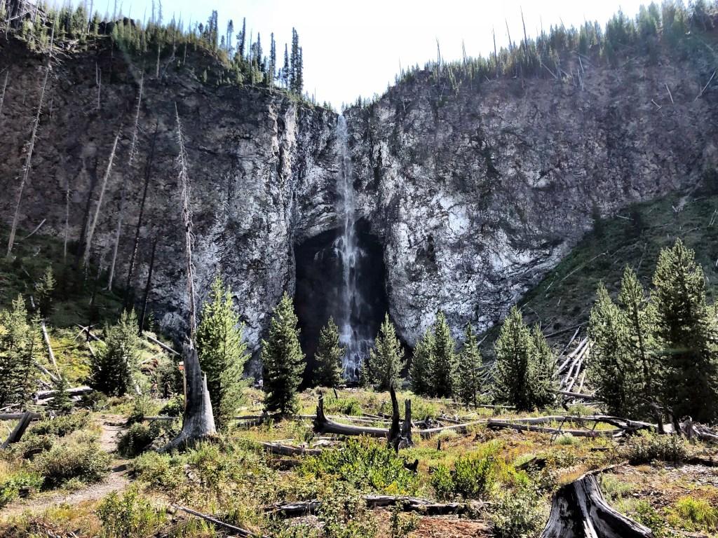 Fairy Falls yellowstone national parkwaterfall