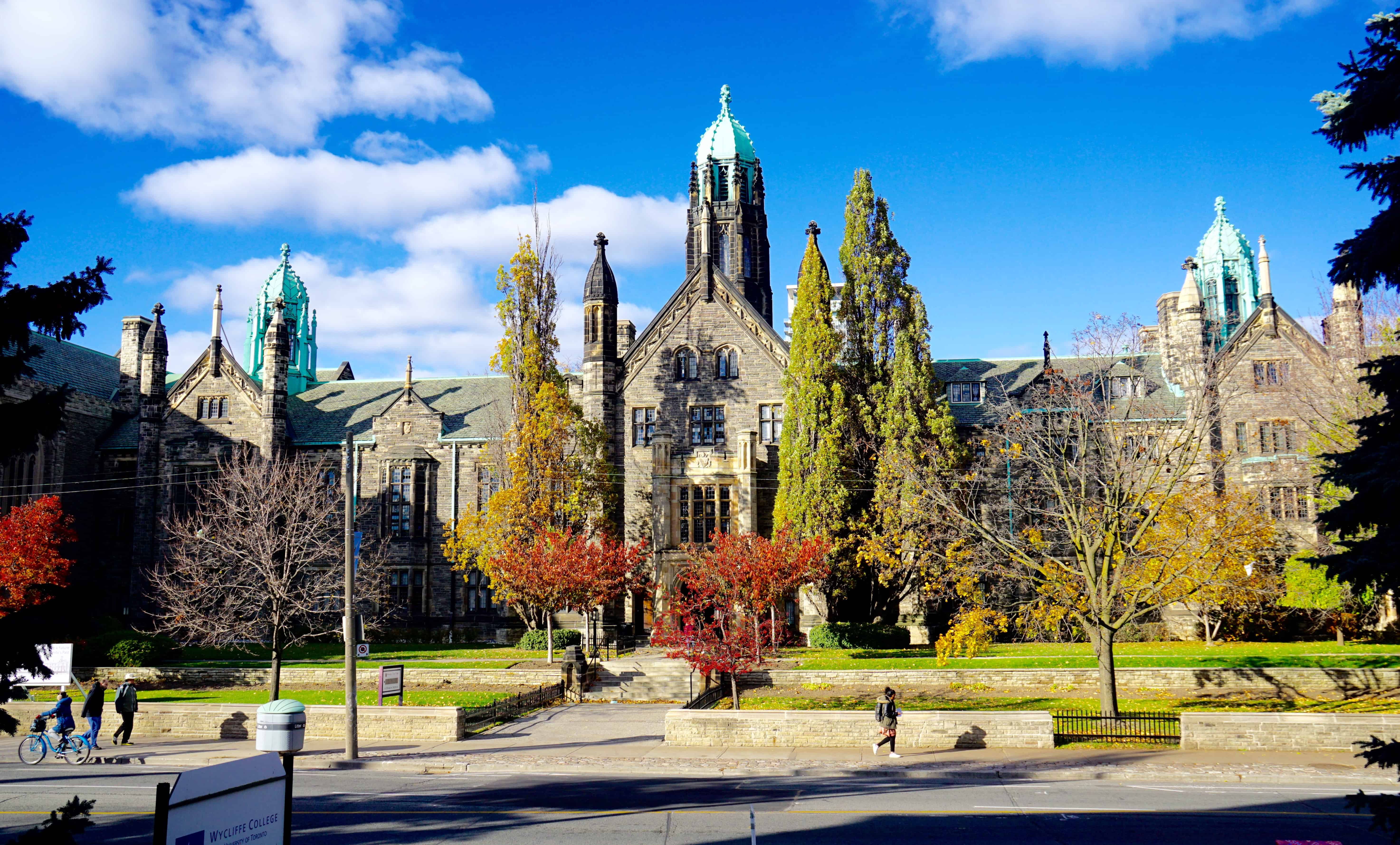 office chair toronto computer gaming alcohol-licensed events temporarily banned at trinity college – the varsity