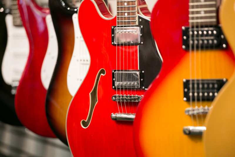 Electric Guitar Buyer39s Guide The Vault At Music Arts