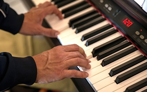 Digital Piano Buyers Guide