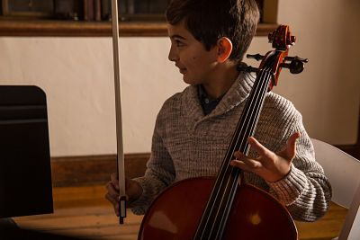 Signs It's Time to Replace Your Orchestral Strings