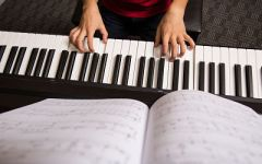 How to Choose a Beginner Keyboard for Your Child