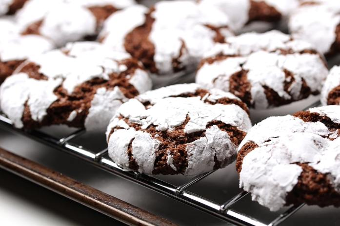 chocolate crinkle cookies vegan gluten-free