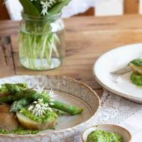 Wild Garlic Pesto- Foraged and Vegan!