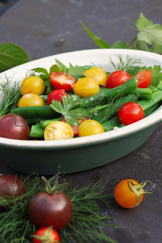 Herby Tomato & bean salad