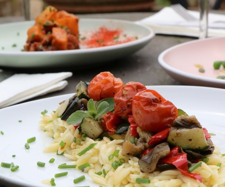 Lemony Orzo Pasta with Roasted Veggies