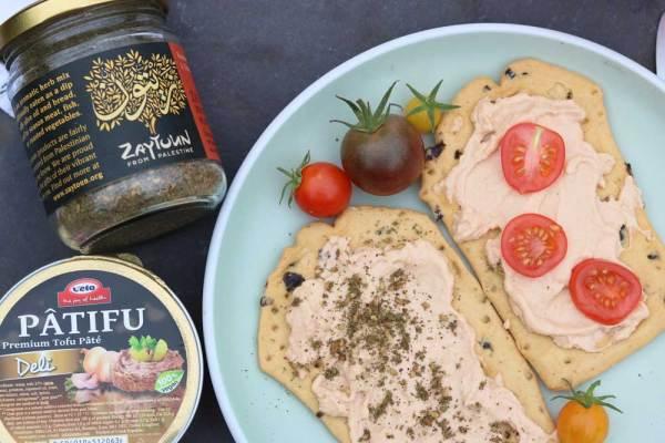 Patifu on Crackers with Za'atar