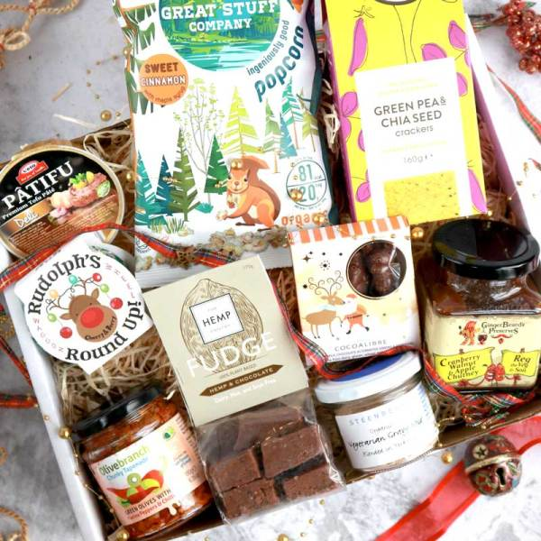 The Deluxe Christmas Vegan Larder Gift Box would be an amazing present for a friend or loved one!  Or maybe you want to give yourself one as a wonderful gift to yourself.