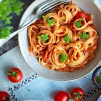 Vegan Creamy Cannellini Bean & Tomato Pasta