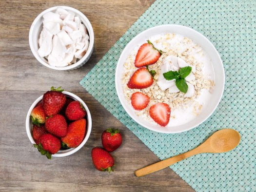 Breakfast Oats with Strawberries and Coconut