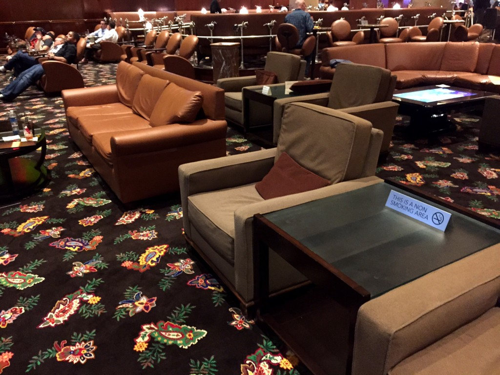 Watching And Betting Football In Las Vegas The Vegas Parlay