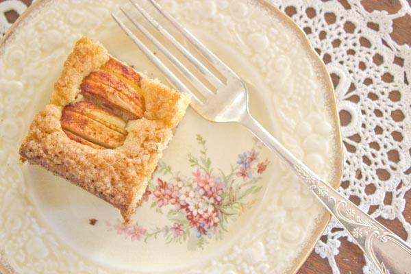 Omenakakku finnish apple cake   Veggie mama