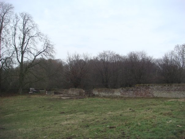 hougoumont-farm-1