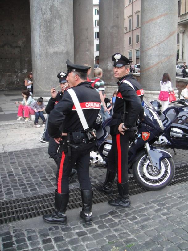 Photos Of The Day The Motorcycle Carabinieri The Velvet