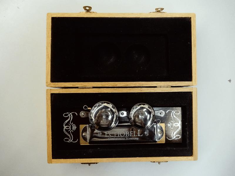 Harmonica Echo Bell