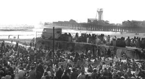 The Doors on Rose, August 9, 1967 in front of 3000 fans together with Jefferson Airplane - POP in background