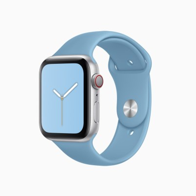 apple-watchos6_summer-sports-band-cornflower_060319