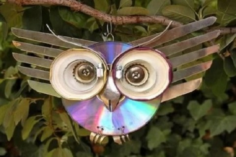 Ten Amazing Things to Can Make and Do With CDs (Compact Discs)