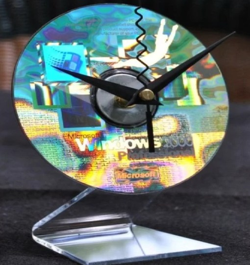 Clock made with CD's