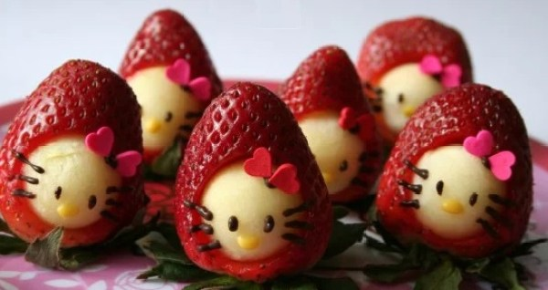 Hello Kitty Strawberries