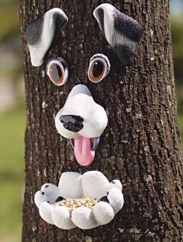 Dogface bird feeder