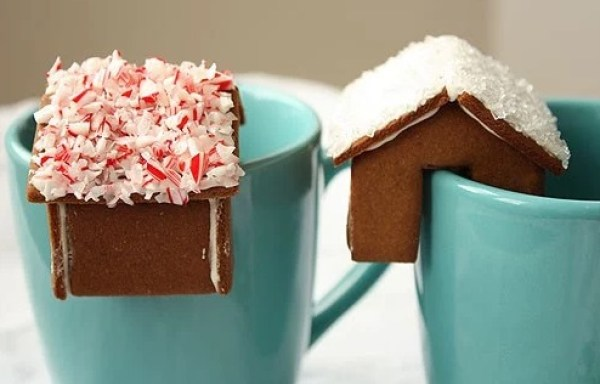 Gingerbread Dunking Snack
