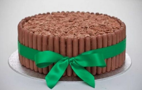 Chocolate Finger cake with flake topping