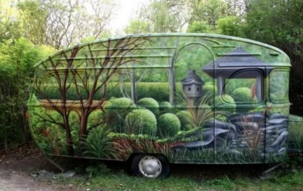 Camouflage Caravan