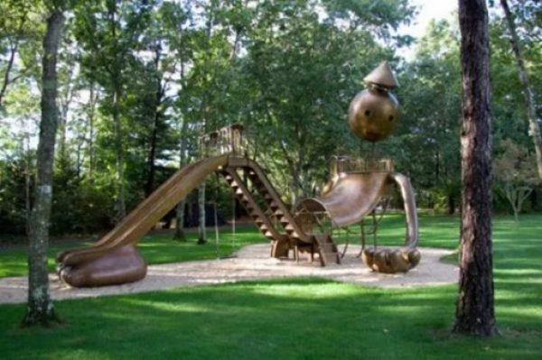 Art Statue Children's Playground