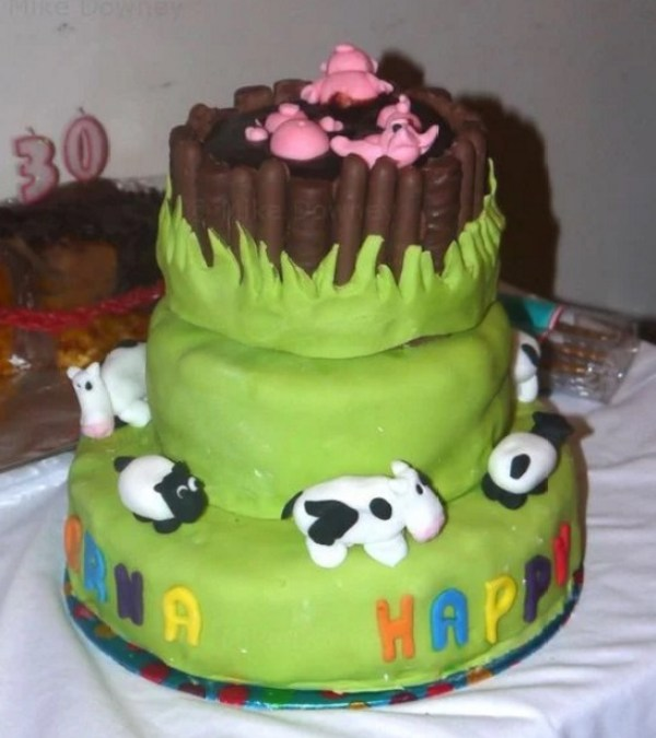 3 Tier Pigs in mud Birthday Cake