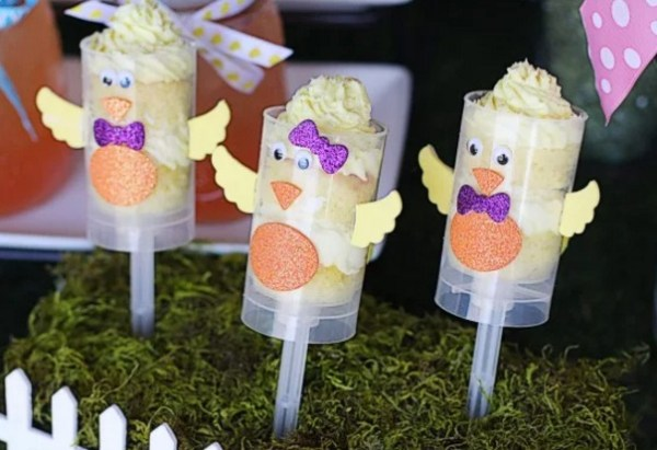 Lemon Easter Chick Push Pops