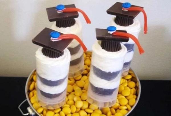 DIY Grad Cap Cake Push-Ups