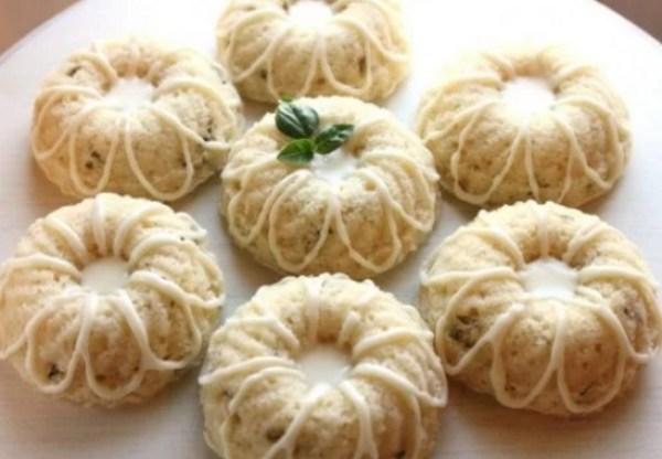 Mini lemon basil bundt cakes