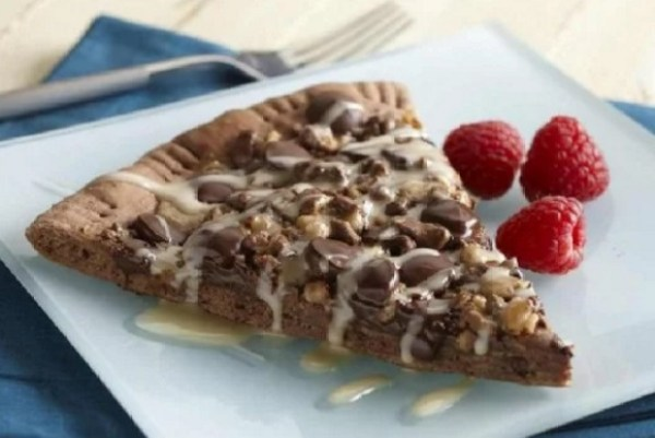 Chocolate Dessert Pizza with Irish Cream Drizzle