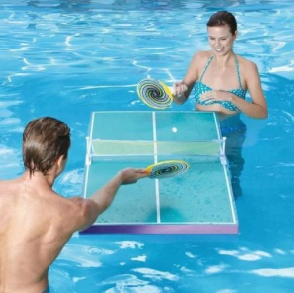 Floating table tennis game for swimming pool