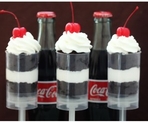 Ten Amazing Designs and Recipes for Cake Push Pops You'll Want to Try