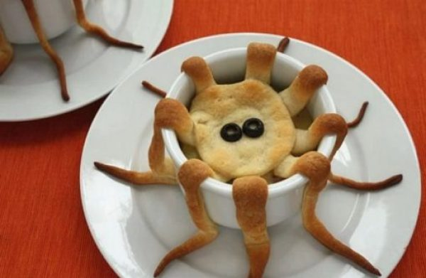 Octopus-shaped pie