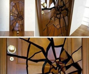 Top 10 Strange and Unusual Doors
